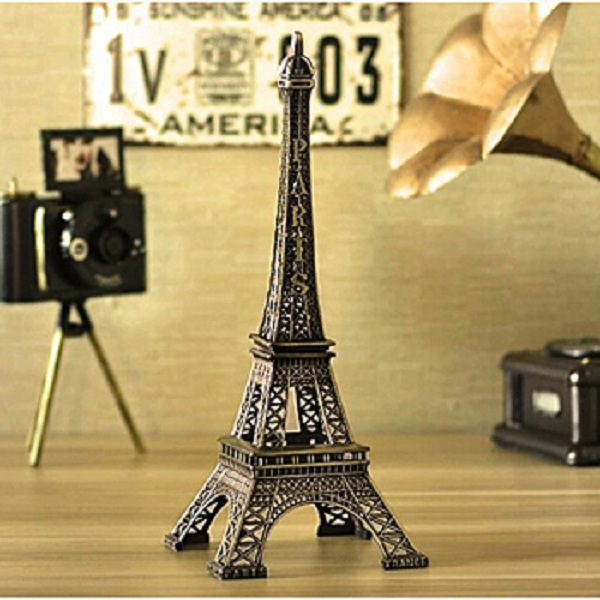 Mô hình tháp Eiffel