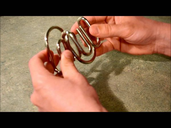 trò chơi tháo sắt iron puzzle