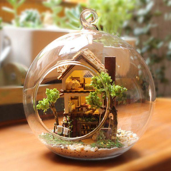 Mô hình nhà gỗ trong rừng