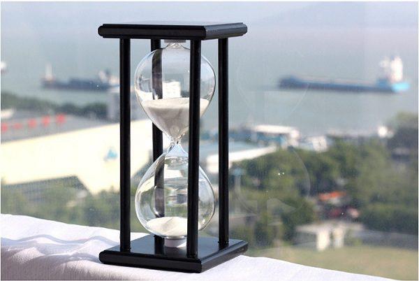 đồng hồ cát gỗ 30 phút
