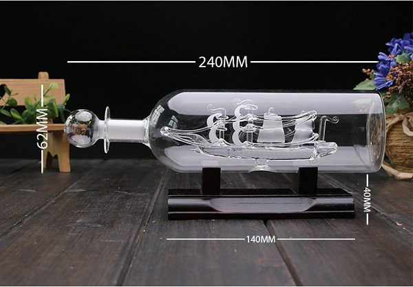 mô hình thuyền buồm trong chai thủy tinh