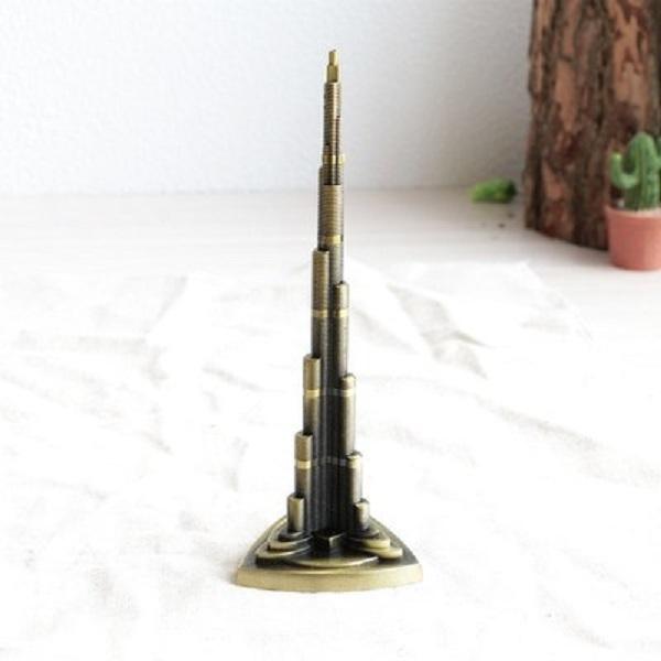 mô hình nhà tháp Buji Khalifa