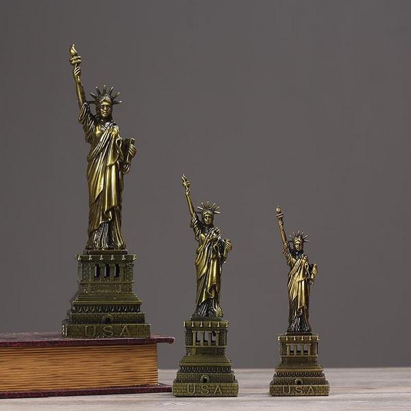mô hình tượng nữ thần tự do