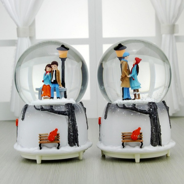 quả cầu tuyết cặp đôi mùa đông