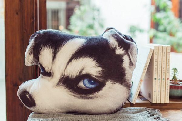 gối ôm hình đầu chó