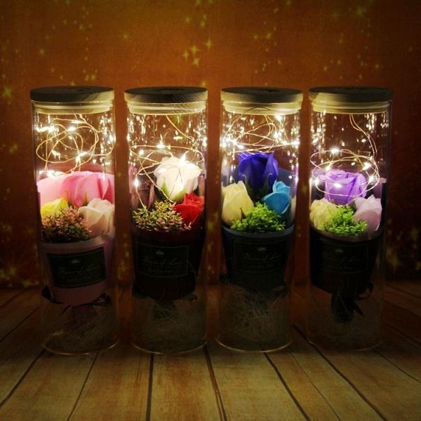 lọ hoa hồng sáp có đèn