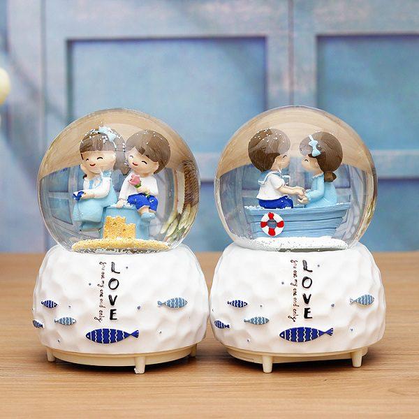 quả cầu tuyết cặp đôi địa trung hải