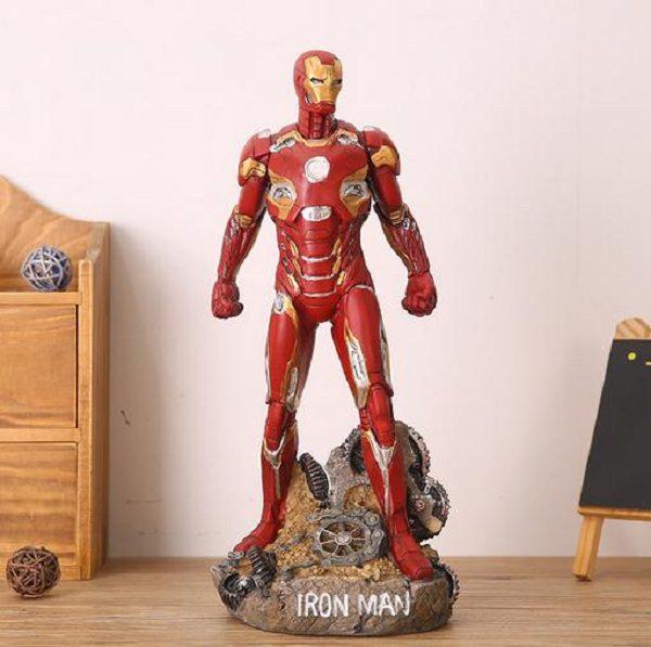tượng người sắt iron man