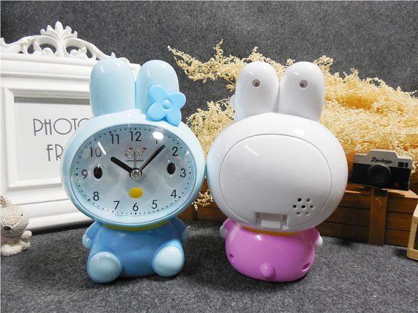 đồng hồ báo thức hình thỏ