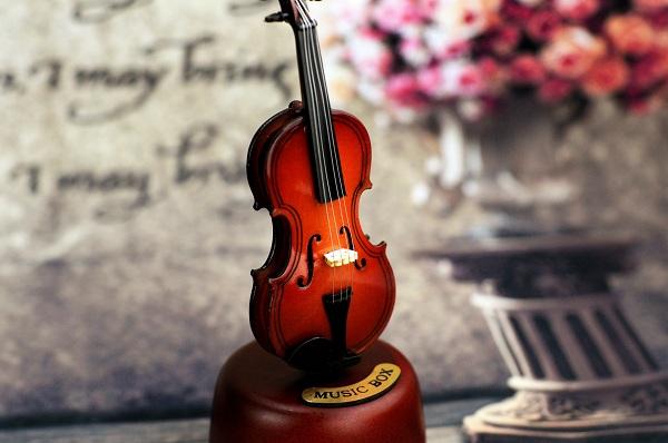 hộp nhạc Violon gỗ