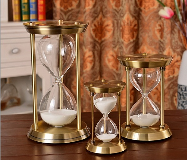 đồng hồ cát đồng 3 trụ